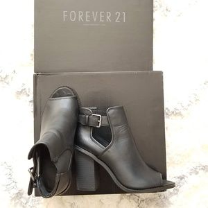 Forever 21 Vegan Leather Open Toe Ankle Bootie 6.5